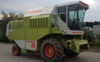 claas 88 side front